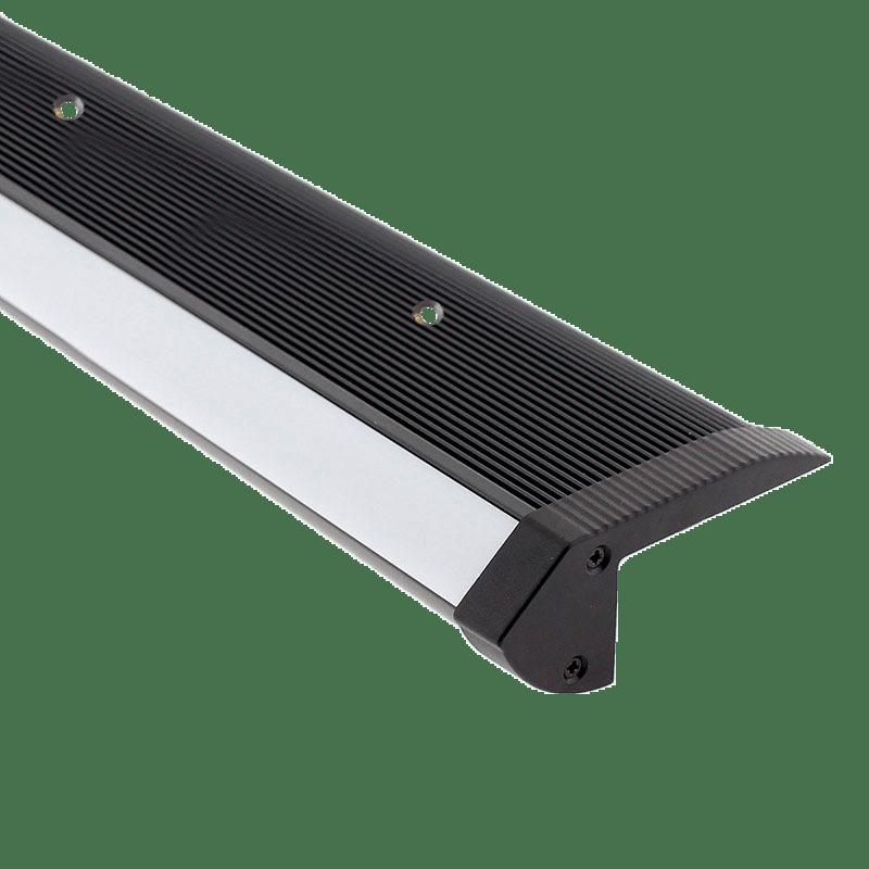 perfil-escalon-aluminio-con-tira-led-para-cines